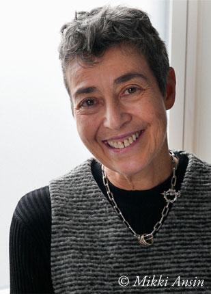 Helen Fremont Headshot